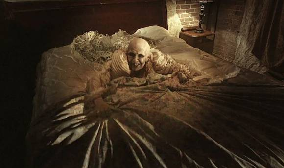 american-horror-story-hotel-mattress-man__oPt (1).jpg