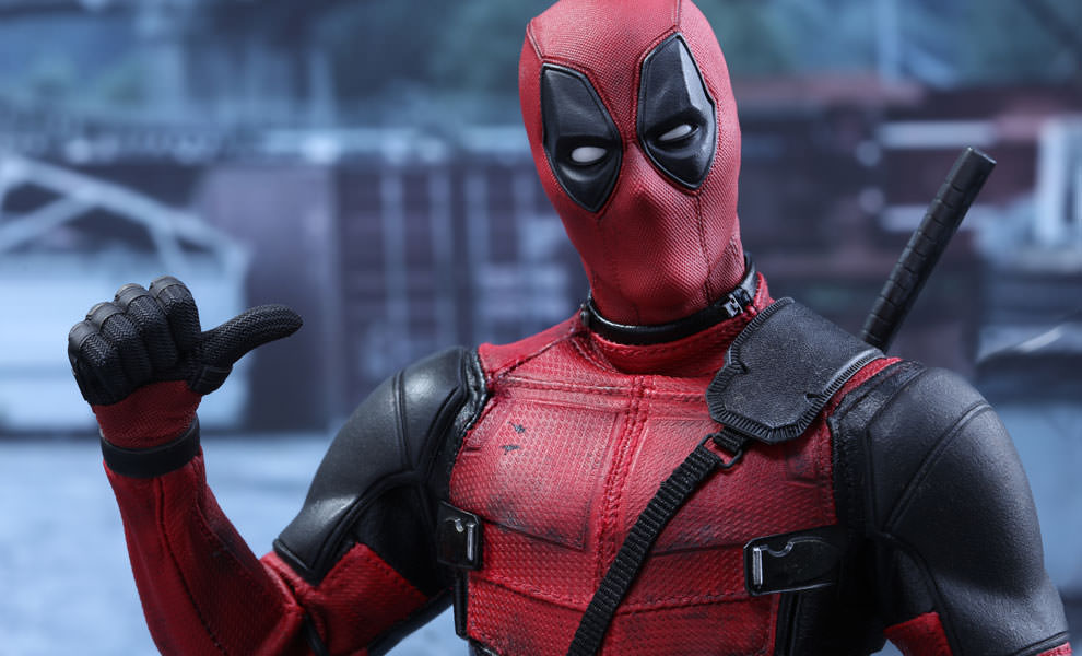 marvel-deadpool-sixth-scale-hot-toys-feature-902628.jpg